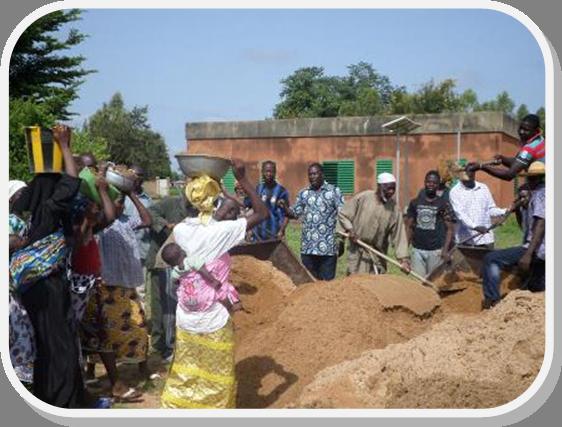 Raccolta sabbia e ghiaia per Centro maternità